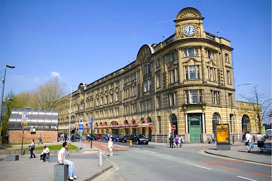 Manchester_Victoria_station_meitu_7