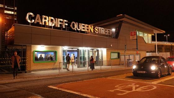 cardiff-queen-street-station-01_meitu_3
