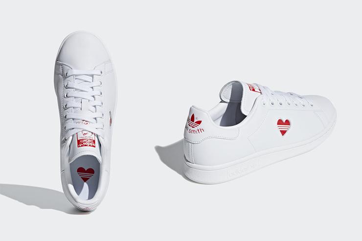 阿迪达斯小白鞋