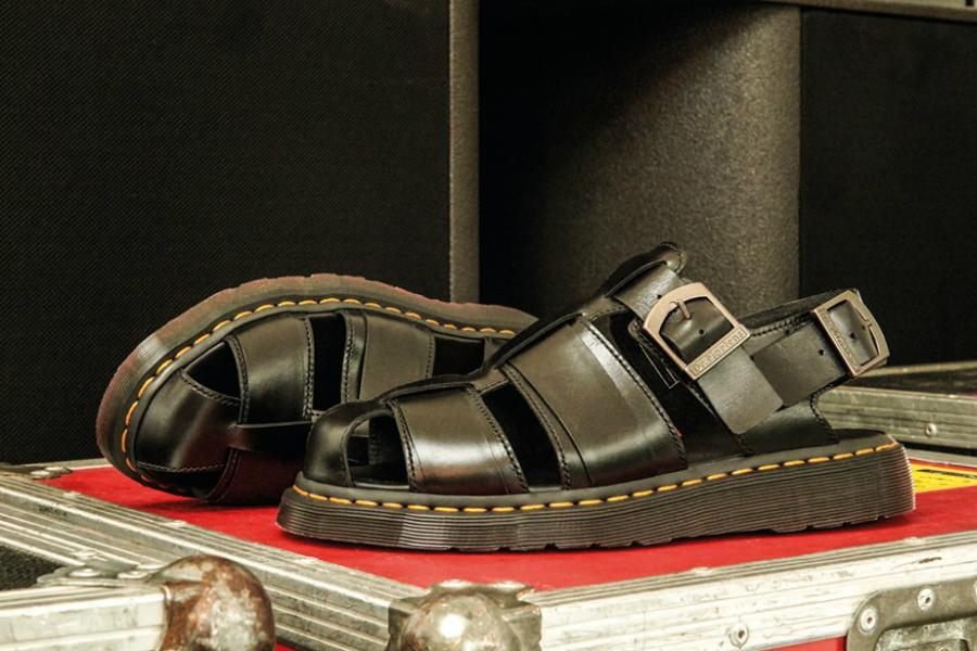 Dr.Martens马丁靴 | 超酷凉鞋低至8折,厚底增高显腿长!