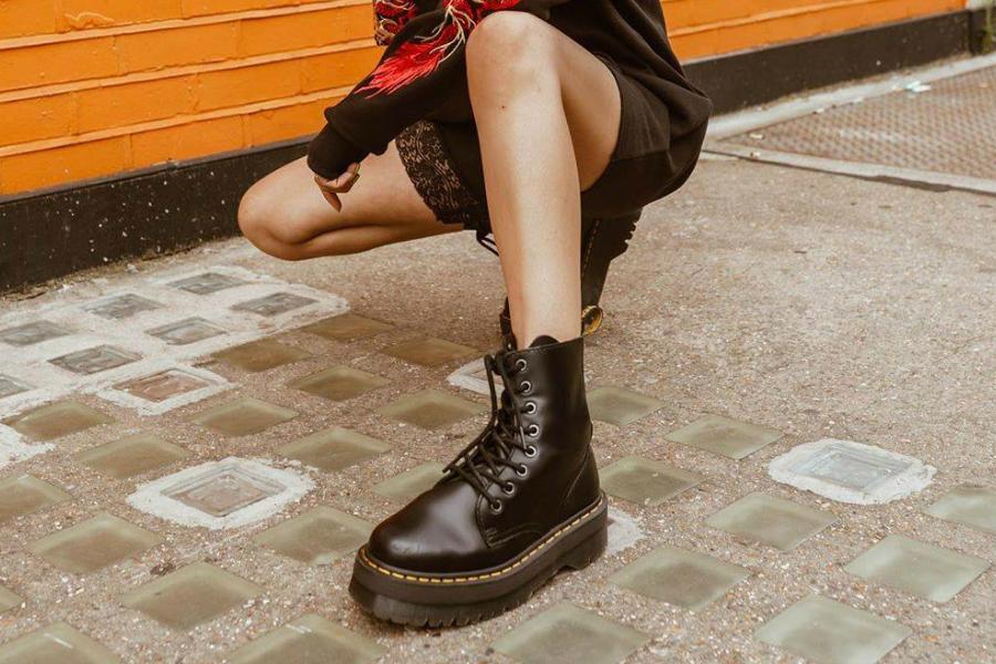 Urban Outfitters | 季中折扣低至25折!Levi's、马丁靴等都在线