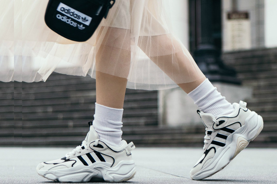 Adidas | 官网折扣区高达50%OFF!趁机入一波时髦的运动风