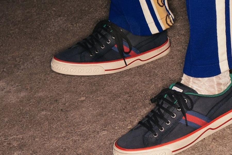 Gucci   男鞋低至5折!正装、乐福、运动鞋款都有,经典老花只要£249!