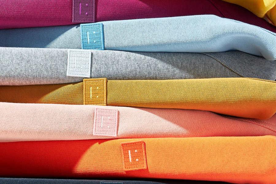 Acne Studios精选低至4折优惠来收!经典卫衣、围巾、草莓毛衣都在