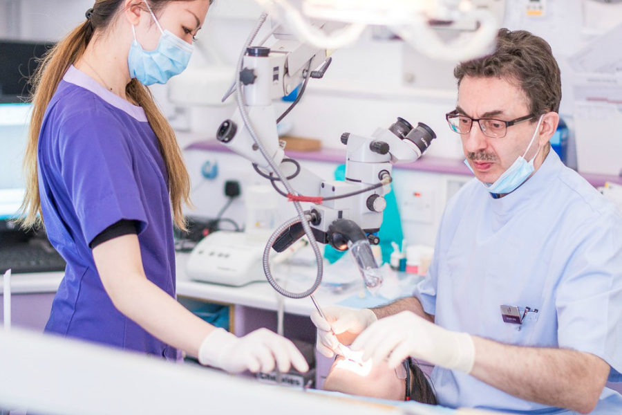 Dentexcel英国隐适美整牙7折,还送价值£995的牙齿保持器和美白