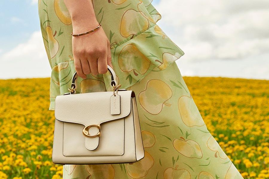 Coach折上折最高立减£100!低至3折百镑超低价收清新色春日包袋